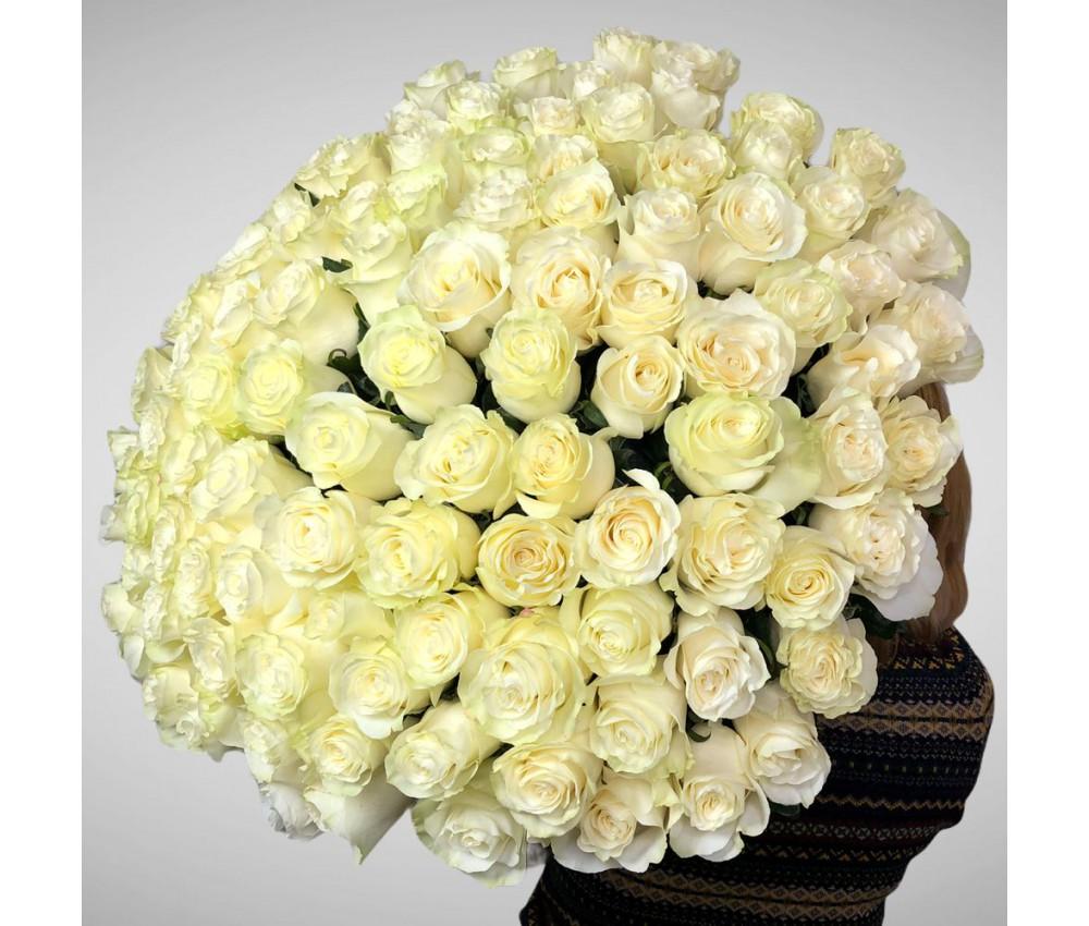 Букет из роз сорта Мондиаль № 34