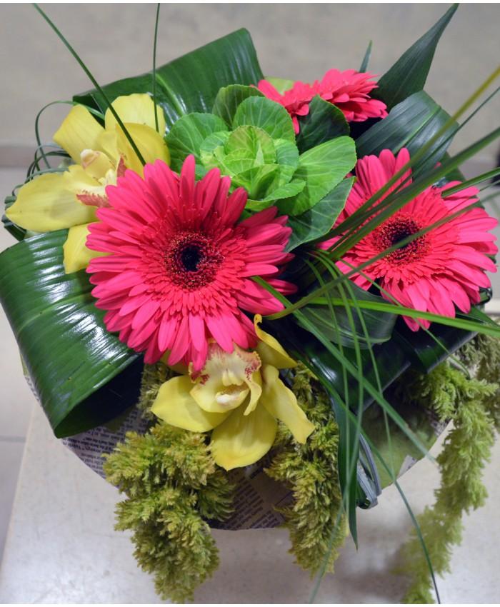 Букет из гербер и орхидей