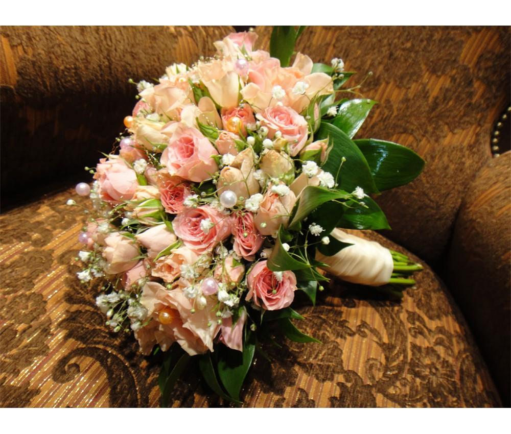 Букет невесты из кустовой розы своими руками 4