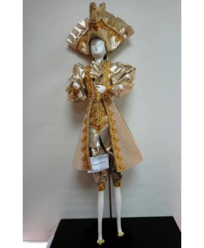 Кавалер в треуголке интерьерная кукла