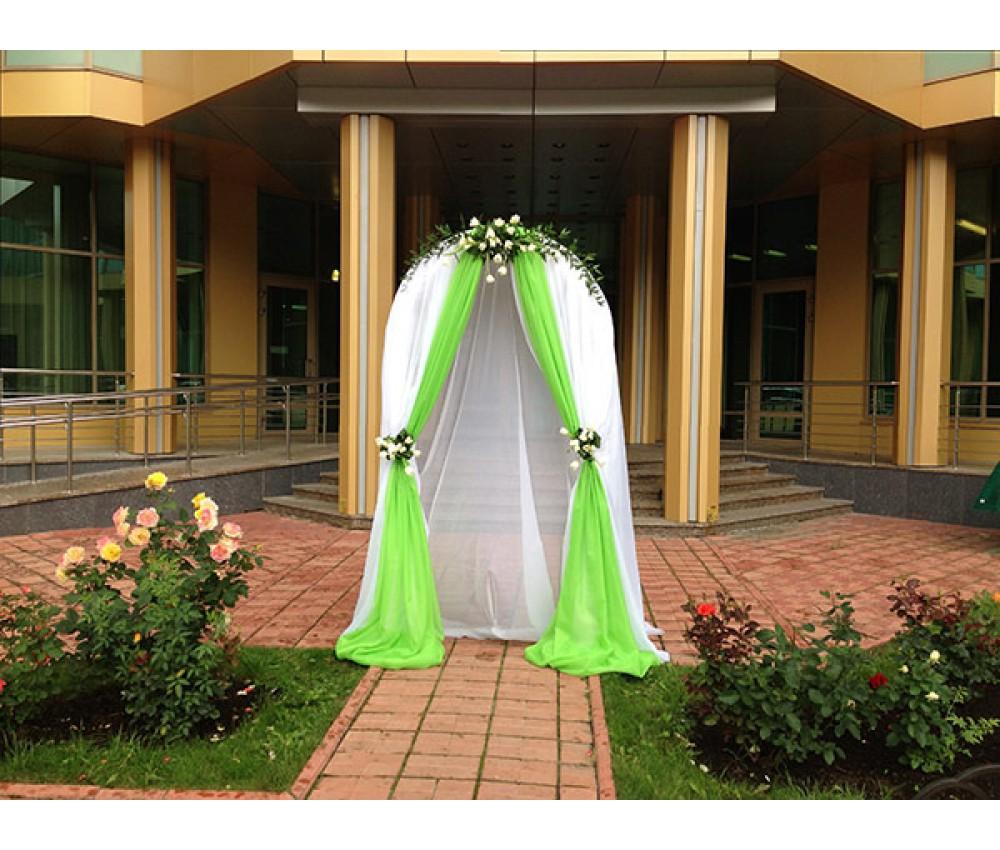 Свадьба с фрезией и тюльпанами