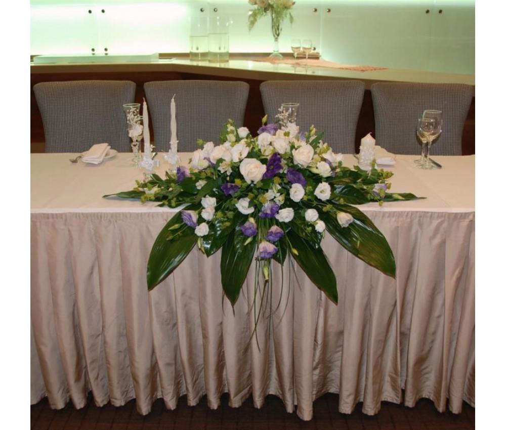 Оформление свадьбы в бело-сиреневых тонах с розой венделла сирен